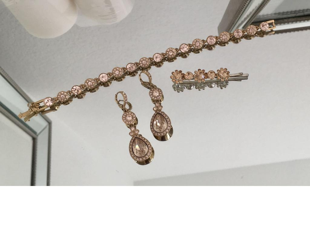 Used Givenchy Jewelry 35