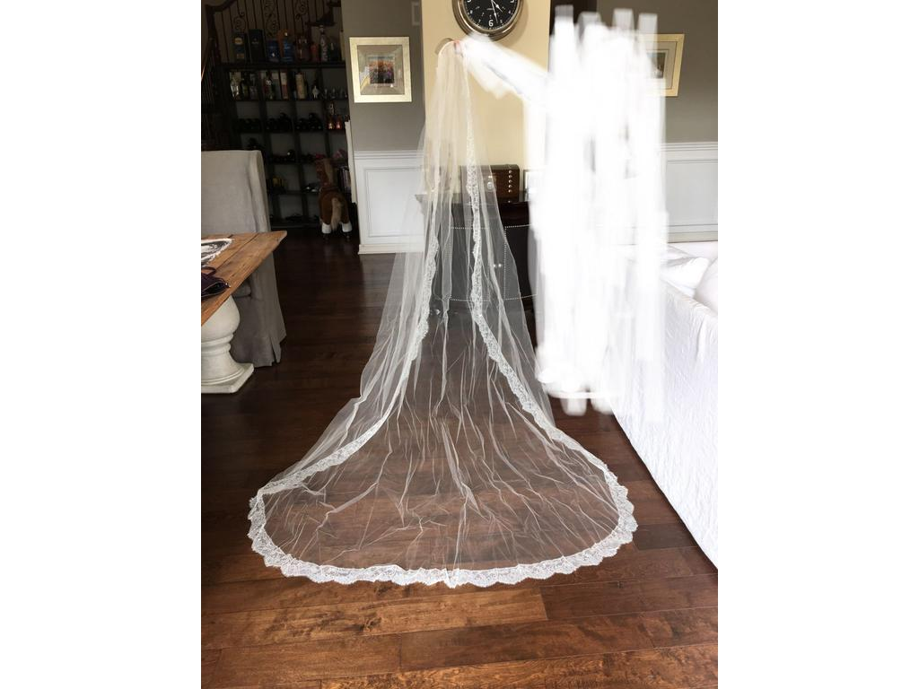 New toni federici veil 700 bridal accessories san diego for Sell wedding dress san diego