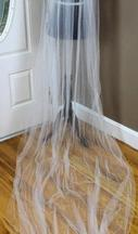 New With Tags/ Unaltered Ivory Veil 0