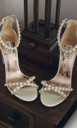 9cbb92585 New and Used Wedding Shoes For Sale