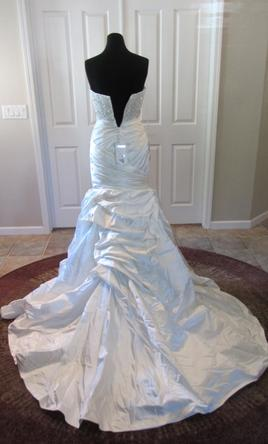 Casablanca cb couture b070 299 size 6 new un altered for Cb couture wedding dresses