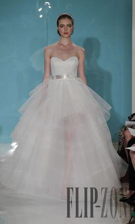 Reem Acra Mini Sage Chene Cloud 4