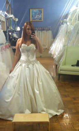 a28e27efd1c8 Allure Bridals 9003, $875 Size: 12 | New (Un-Altered) Wedding Dresses