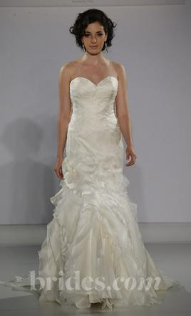 Matthew christopher lalique 1 000 size 4 used wedding for Matthew christopher wedding dress prices