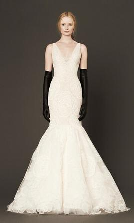 Vera wang macy 2 500 size 8 used wedding dresses for Used vera wang wedding dresses