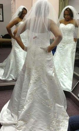 Jasmine haute couture 350 size 16 used wedding dresses for Haute couture sale