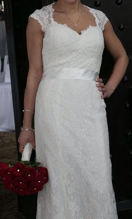 Wtoo Aveline 500 Size 4 Used Wedding Dresses