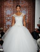 Reem Acra Full of Luck/4824 w/ Veil