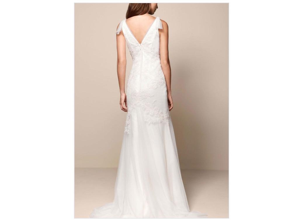 Vera wang white 350 size 2 used wedding dresses for Vera wang tea length wedding dress