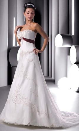 Davinci 8275 299 size 16 new un altered wedding dresses for Da vinci red wedding dress