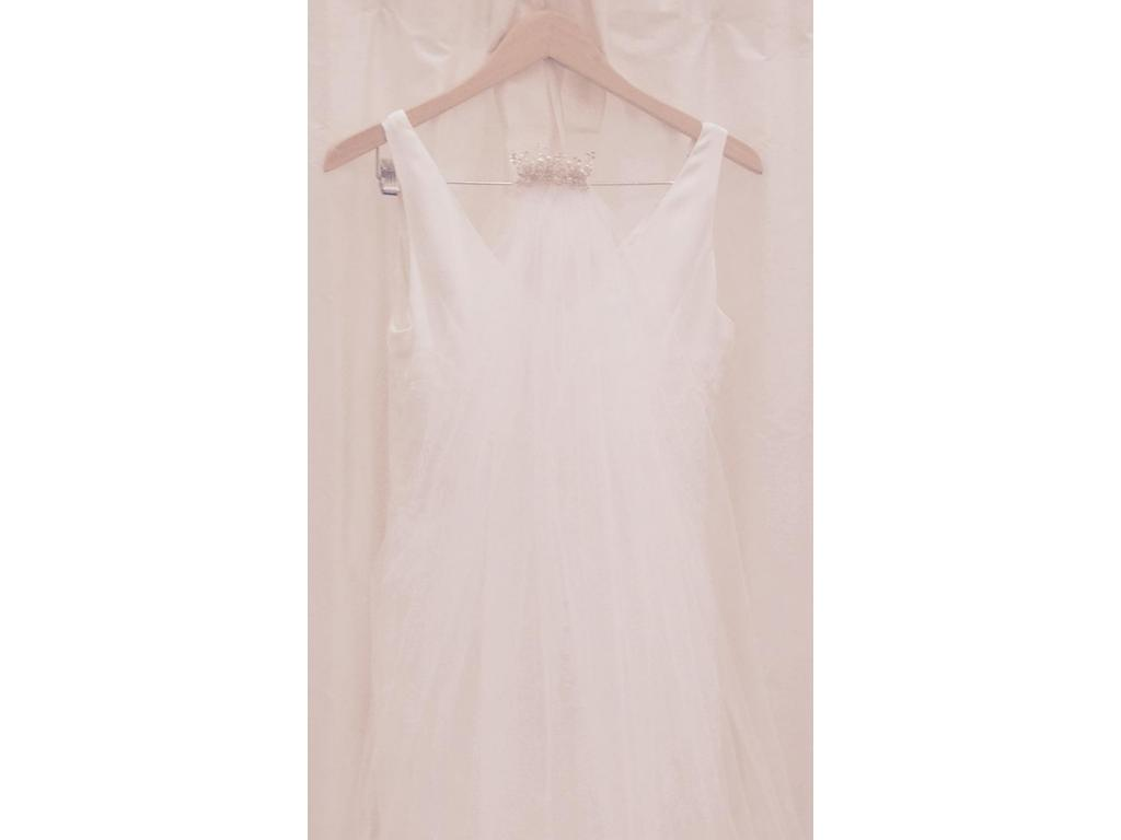 Other custom made 500 size 6 used wedding dresses for Have wedding dress made