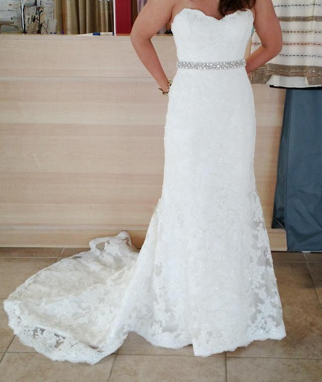 Maggie Sottero Lorie, $649 Size: 4