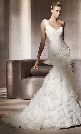 cc17b47e62a Pin it Add to  Pronovias