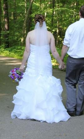 Moonlight j6233 350 size 14 used wedding dresses for Used wedding dresses fort wayne indiana