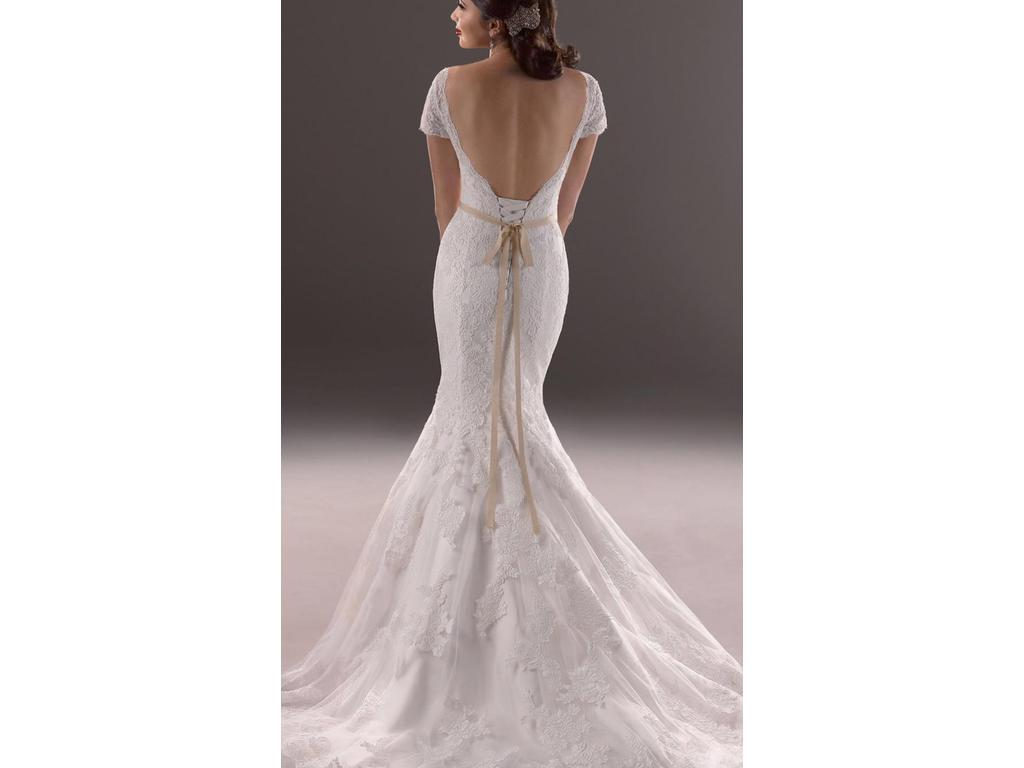 Maggie sottero veda 499 size 12 used wedding dresses for Best place to buy used wedding dresses