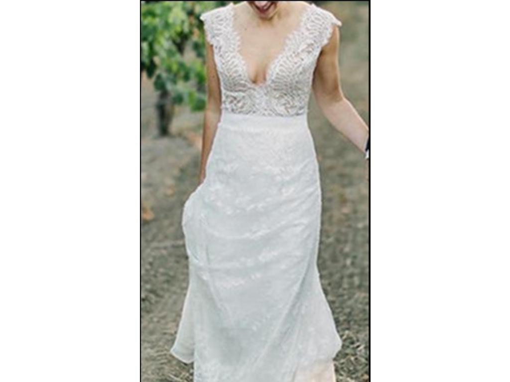 Carolina herrera claudette 32506 alh 3 200 size 10 for Best place to buy used wedding dresses