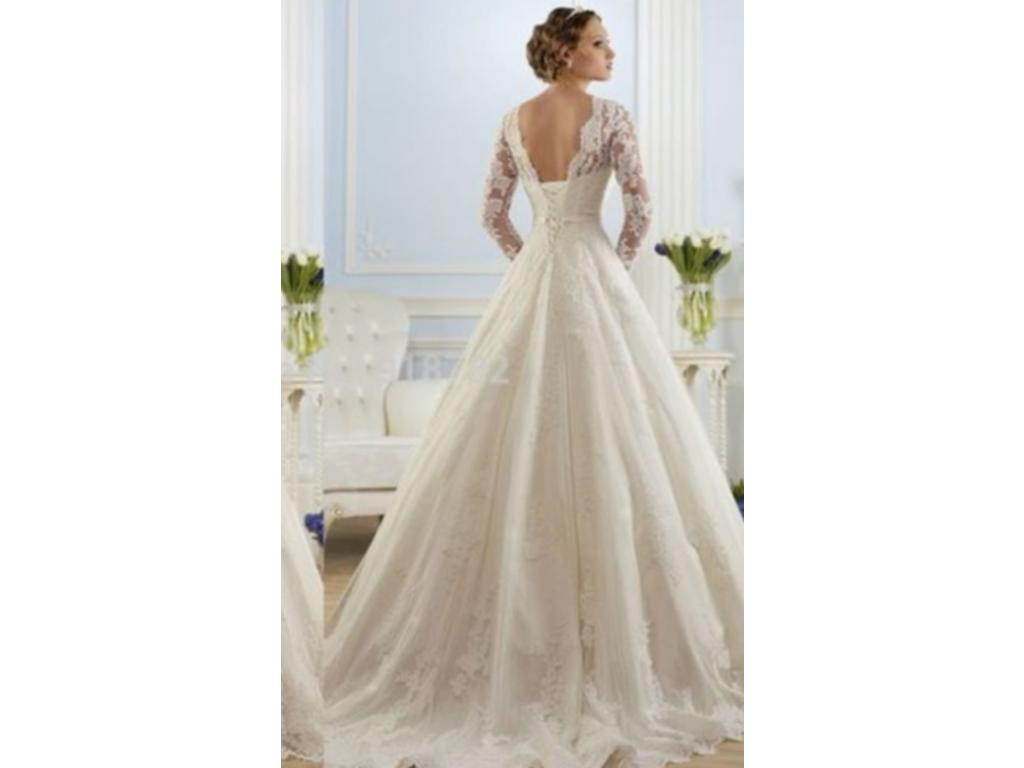 Other 599 size 8 new un altered wedding dresses for Once owned wedding dresses