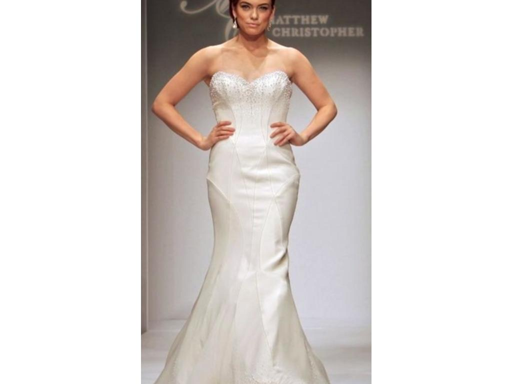 Matthew christopher chanel 2 500 size 10 used wedding for Matthew christopher wedding dress prices