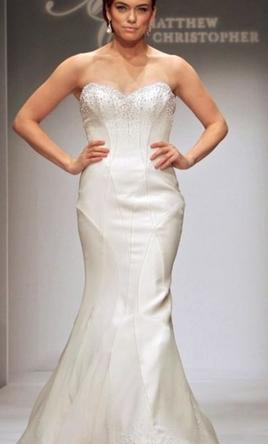 Matthew christopher chanel 2500 size 10 used wedding dresses pin it matthew christopher chanel 10 junglespirit Gallery