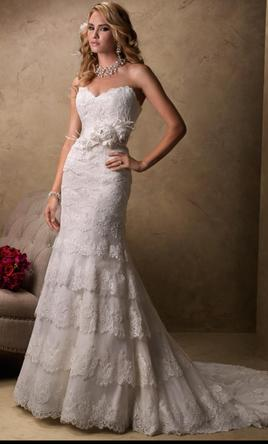 Maggie sottero boston 700 size 4 new altered for Where to buy a wedding dress in boston