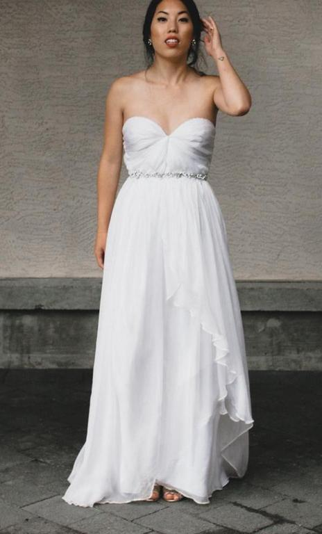 Sarah Seven Practically Perfect, $975 Size: 4 | Used Wedding Dresses