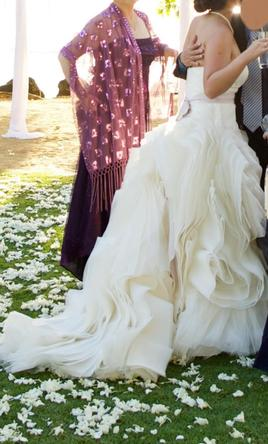 Vera wang diana 4 275 size 8 used wedding dresses for Vera wang diana wedding dress