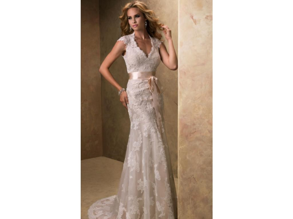 Maggie sottero bronwyn 850 size 12 new un altered for Who sells maggie sottero wedding dresses