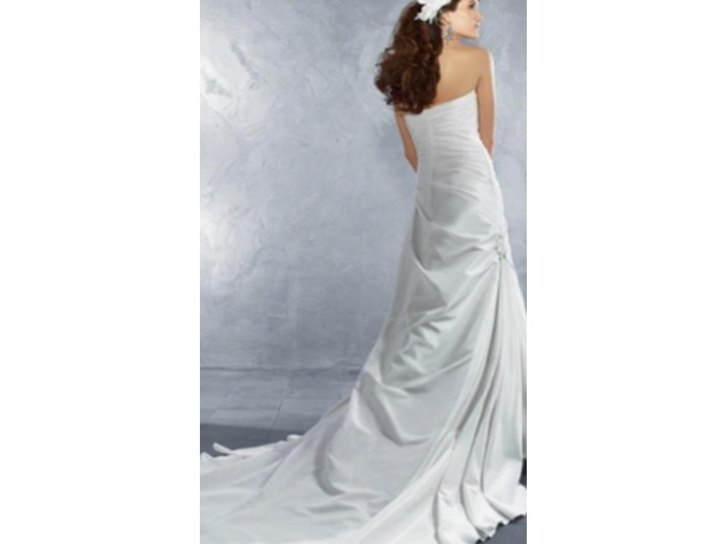 Alfred Angelo 2180, $250 Size: 16   New (Un-Altered ...