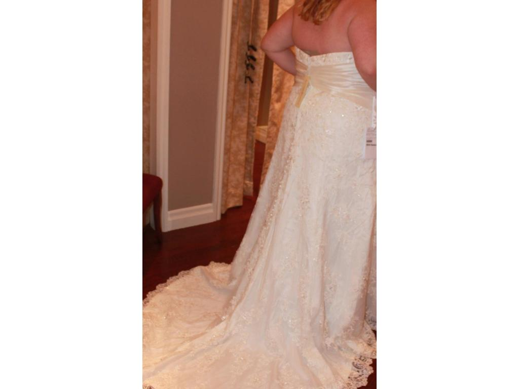 Allure bridals w311 700 size 30 new altered wedding for Size 30 wedding dress