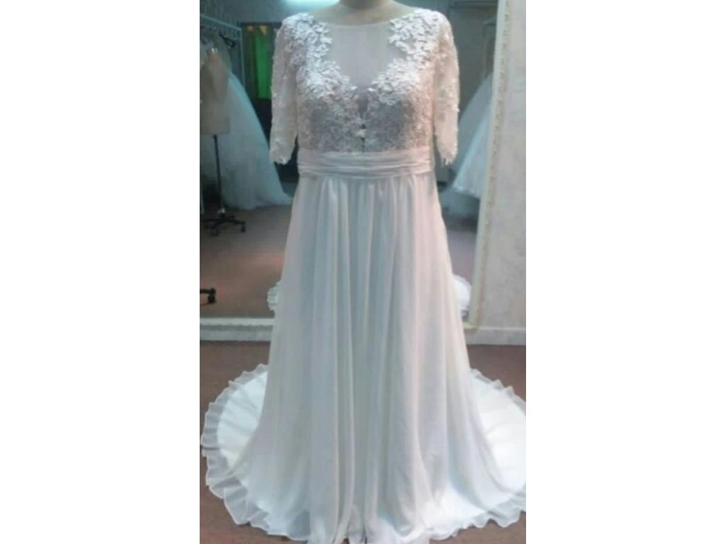 Other Plus Size Wedding Dresses with Sleeves $1 200 Size