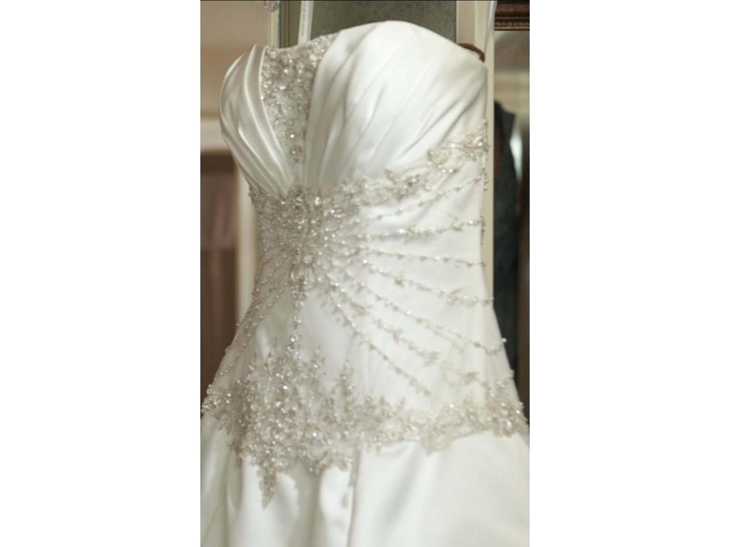 Private label by g 1382 500 size 12 used wedding dresses for Wedding dress bling detail