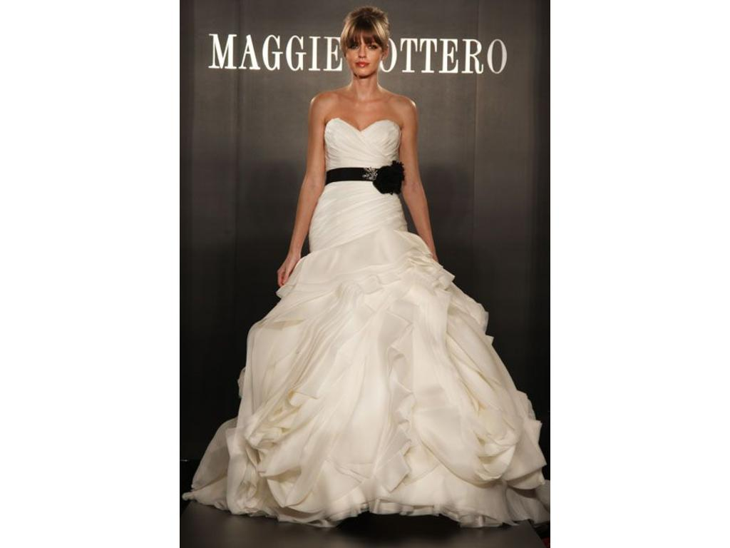 Maggie sottero dynasty 7150 1 100 size 10 used for Pre owned wedding dresses