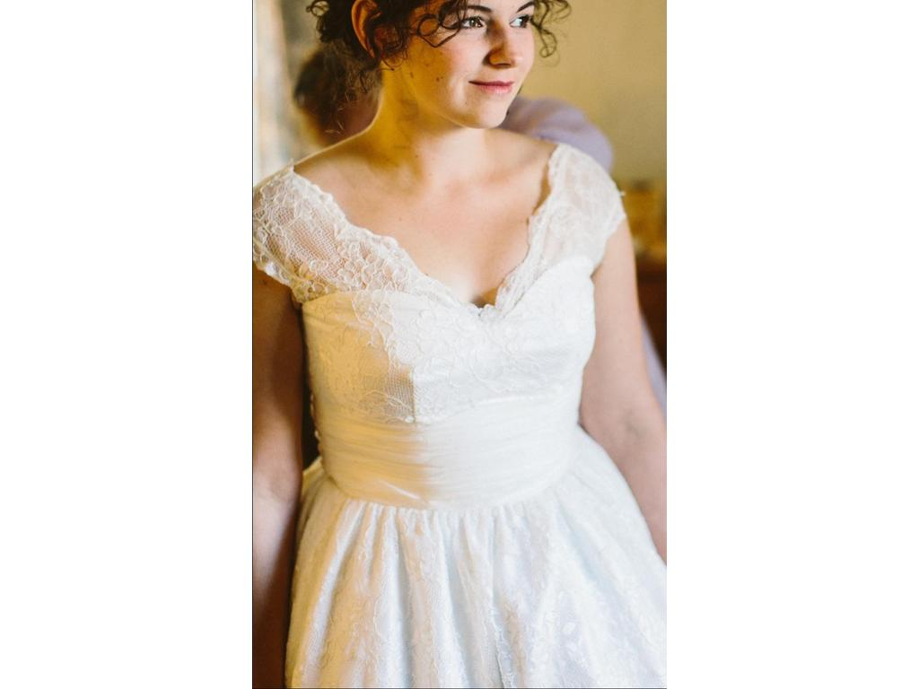 Dolly Couture Avila Bay 500 Size 8 Used Wedding Dresses