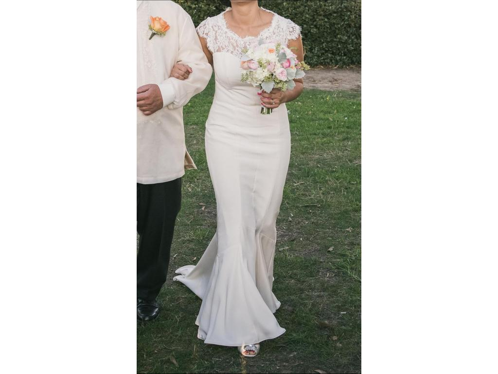 Nicole Miller Lauren/HK0006, $750 Size: 10 | Used Wedding Dresses