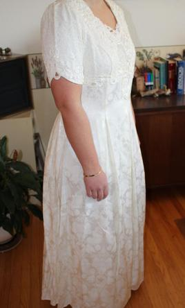 Jessica mcclintock 150 size 14 used wedding dresses pin it jessica mcclintock 14 junglespirit Image collections