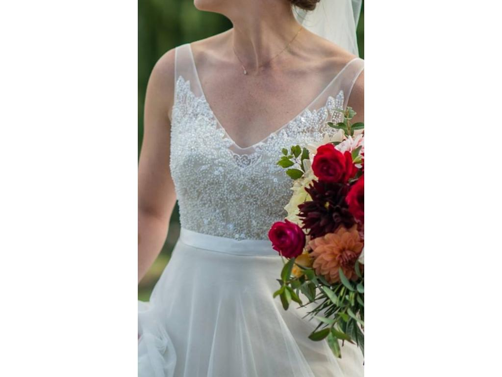 Wtoo persiphone 500 size 4 used wedding dresses for Wedding dresses for 500 or less