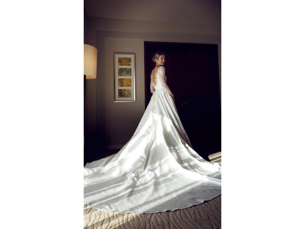 Is Monet Jewelry Real >> Pronovias Elie By Elie Saab 2015/ MONET, $6,500 Size: 6 | Used Wedding Dresses