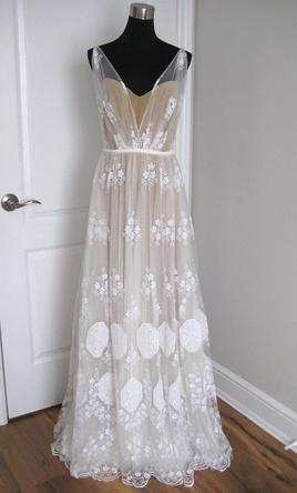 Anna Kara May 1 290 Size 6 Sample Wedding Dresses