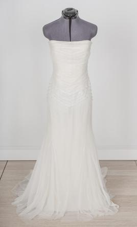 Vera wang for rent 875 size 4 used wedding dresses for Vera wang rental wedding dresses