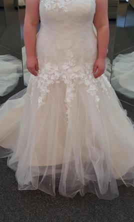 Alfred Angelo 2397/Christina 20W