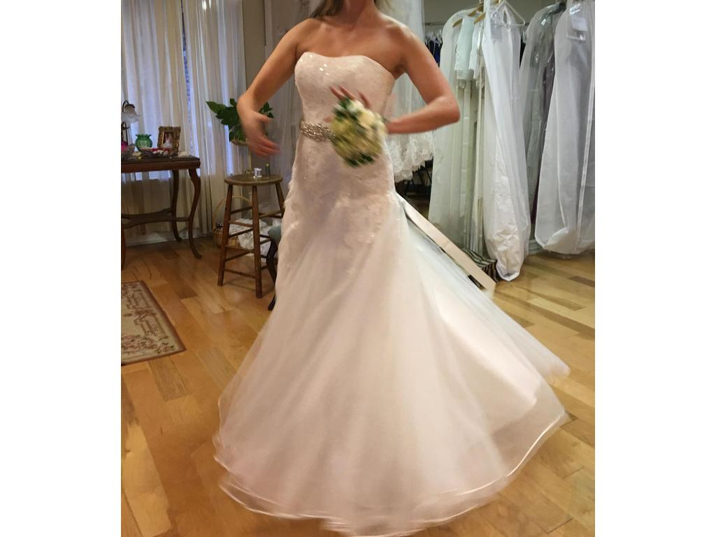 David 39 s bridal tulle wedding dress with soft sweetheart for David s bridal tulle wedding dress