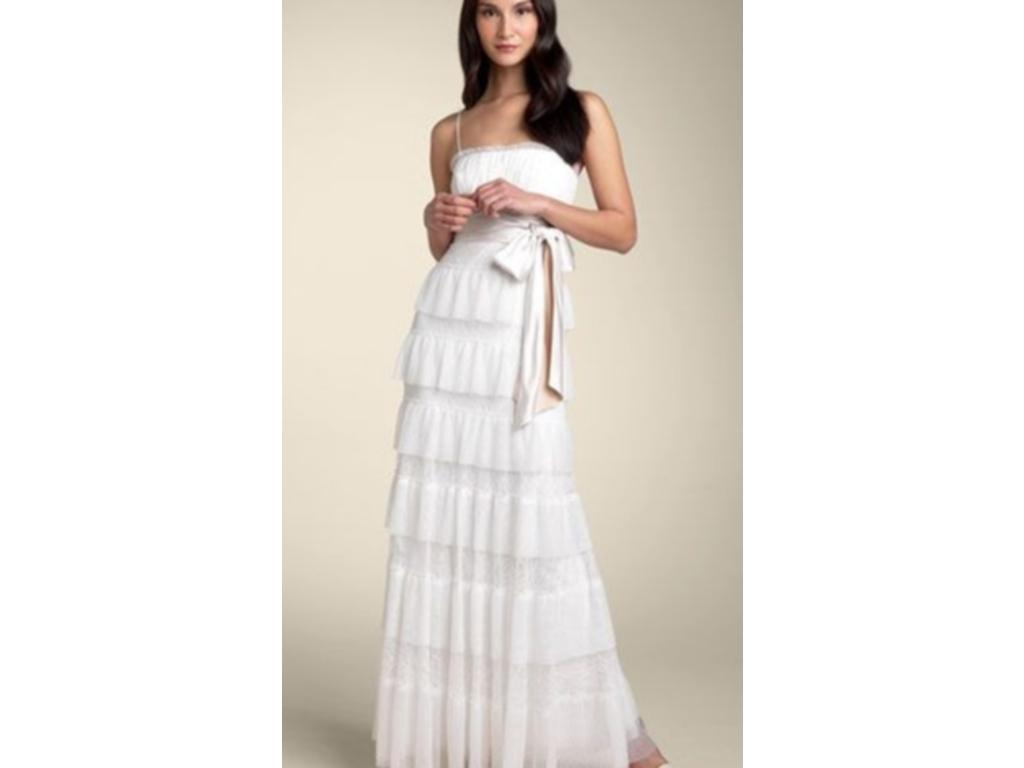 BCBG MAXAZRIA Lace & Tulle Tier Gown, $382 Size: 4
