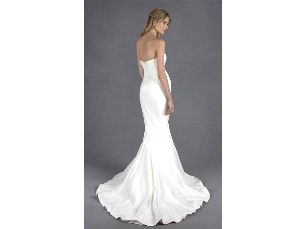 nicole miller dakota 250 size 4 used wedding dresses