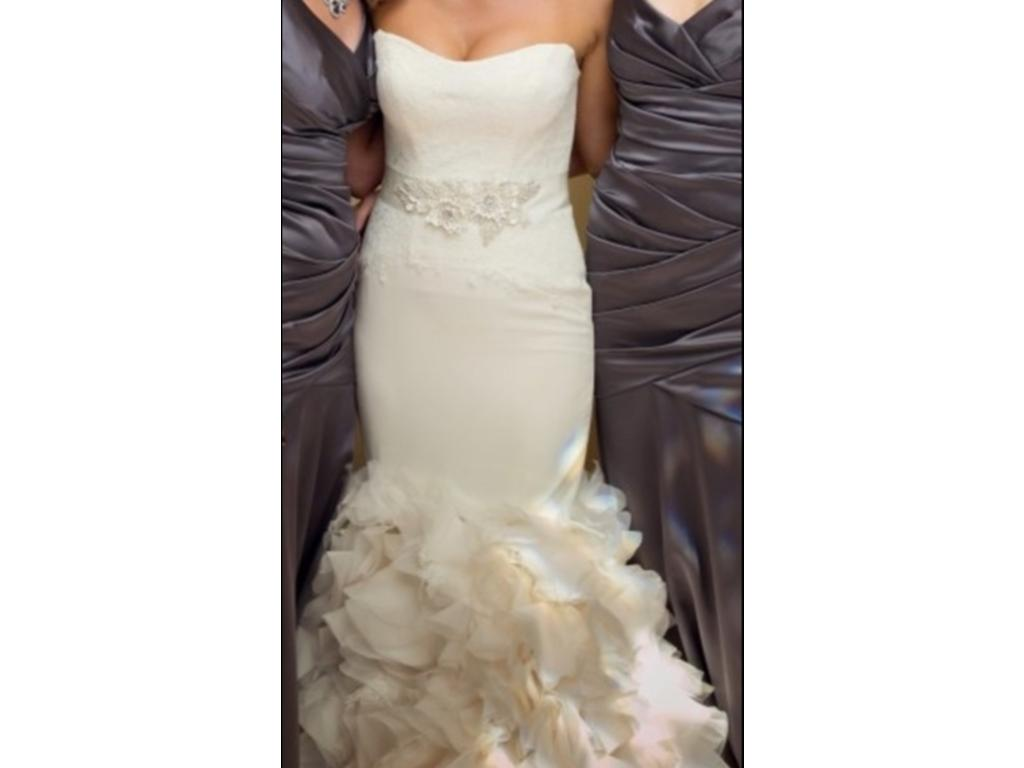 Vera wang white georgette vw351136 750 size 2 used for Vera wang wedding dress for sale