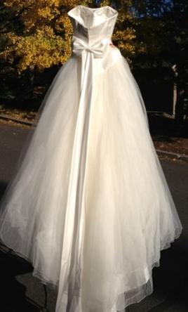 Other princess bride couture 1 000 size 2 new un for A princess bride couture bridal salon