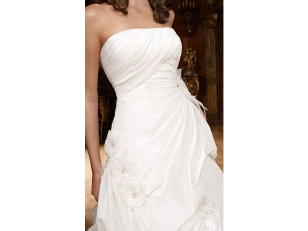 Casablanca 2009 500 size 10 used wedding dresses for Wedding dresses for 500 or less