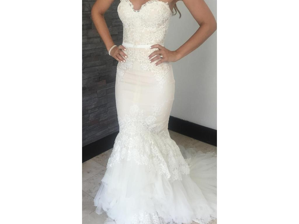 Inbal dror 12 5 vip 3 400 size 0 used wedding dresses for Places to donate wedding dresses