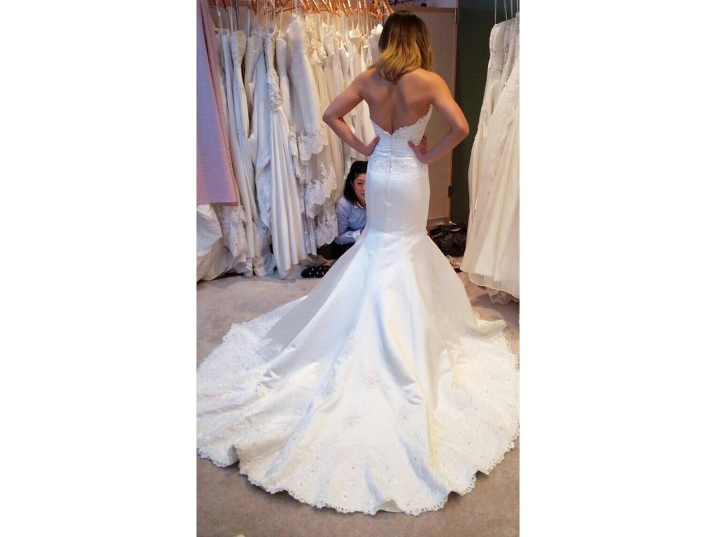 Other asami k 39 s wedding full order 1 500 size 0 for Used wedding dresses kansas city