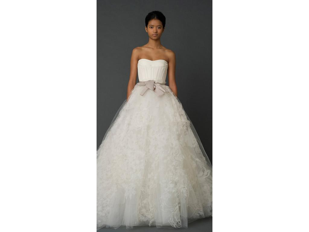 Vera wang hannah 3 500 size 8 used wedding dresses for Used vera wang wedding dress