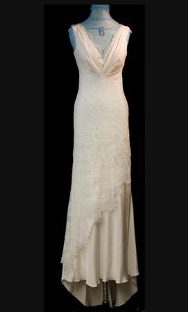 0e21d2911e8 Pin it · David Fielden V-neck crepe gown with chantilly lace 10